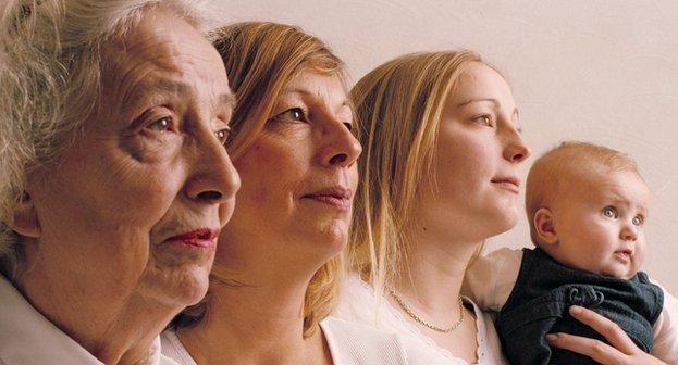 25 imágenes de familias con varias generaciones unidas