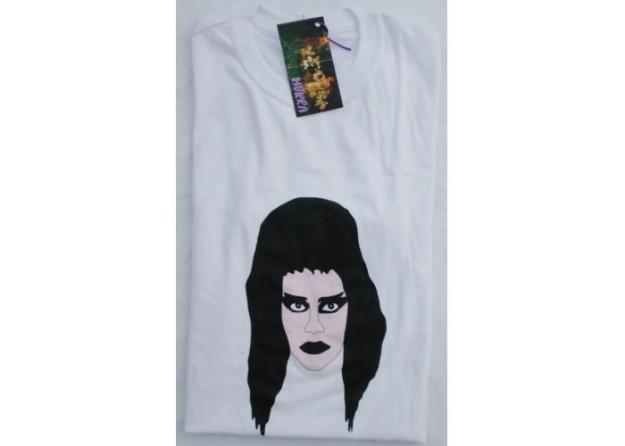 Camiseta con la chica darks