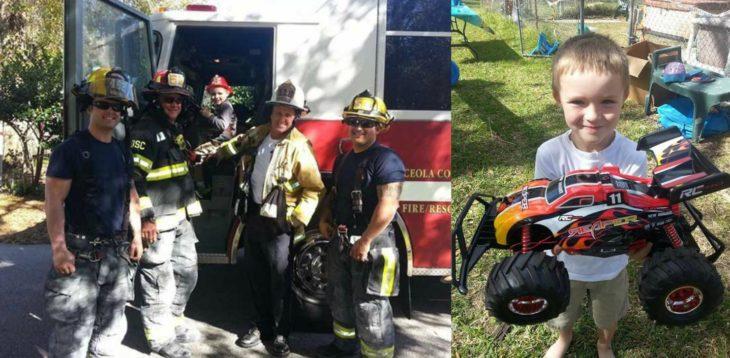 hombres bomberos junto a niño y juguete