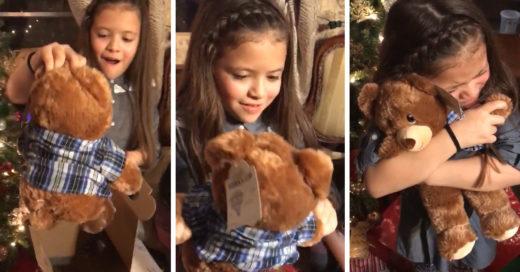 Reciben peluches de regalo con una sorpresa muy especial, ¡la reacción fue totalmente conmovedora!