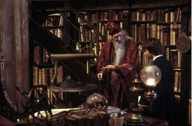 Dumbledore biblioteca