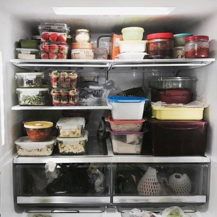 refrigerador con comida