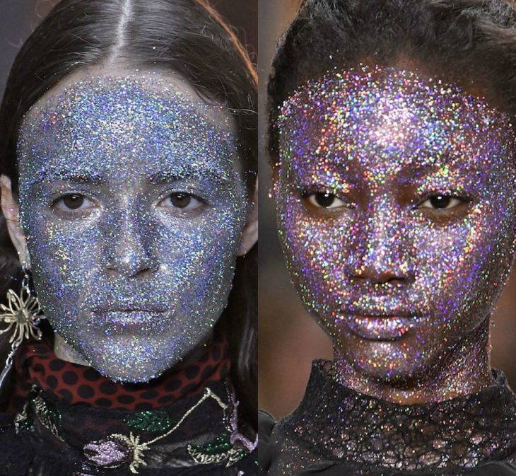 Chicas con el rostro cubierto con glitter
