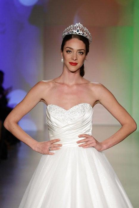 Vestido de novia inspirado en la princesa Cenicienta