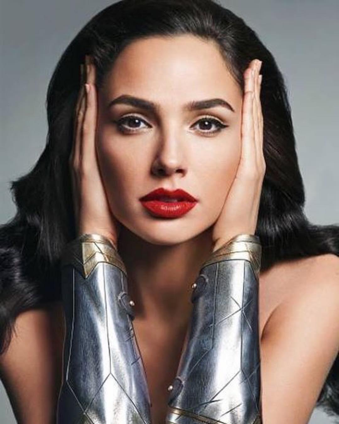 maquillaje mujer maravilla