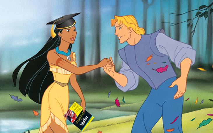 Pocahontas con un libro en la mano