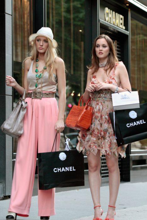 Blake y serena de compras