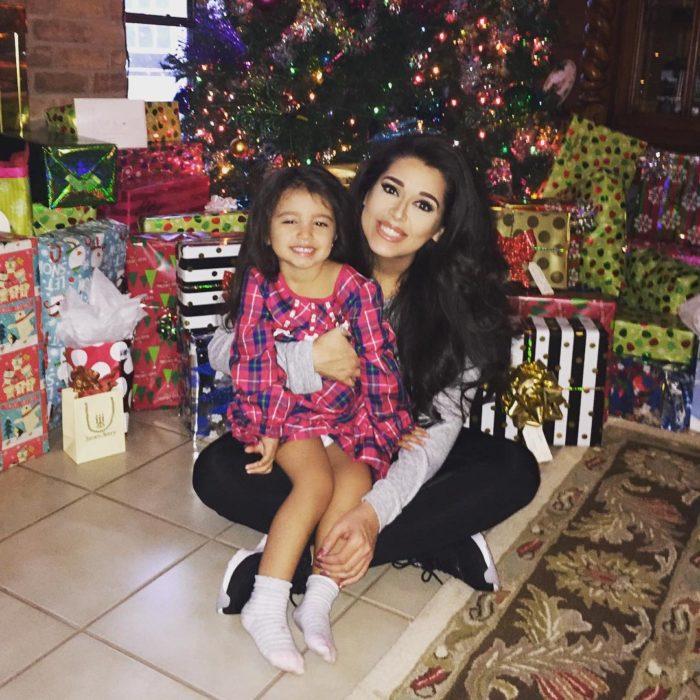 Betsy Ayala con su hija actualmente