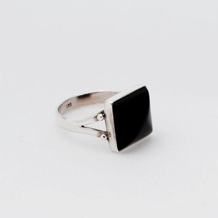 anillo de ónix