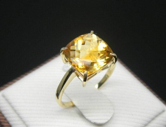 anillo de citrino