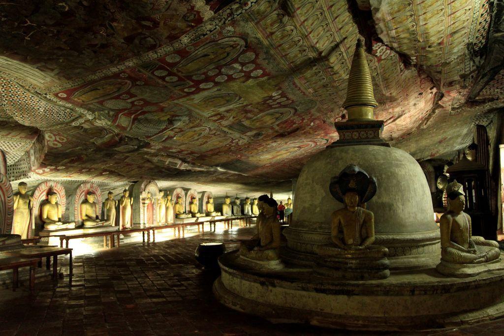 cuevas de Dambulla en sri Lanka