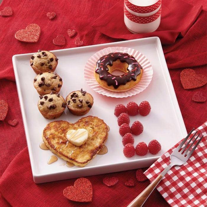 desayuno con la palabra Love