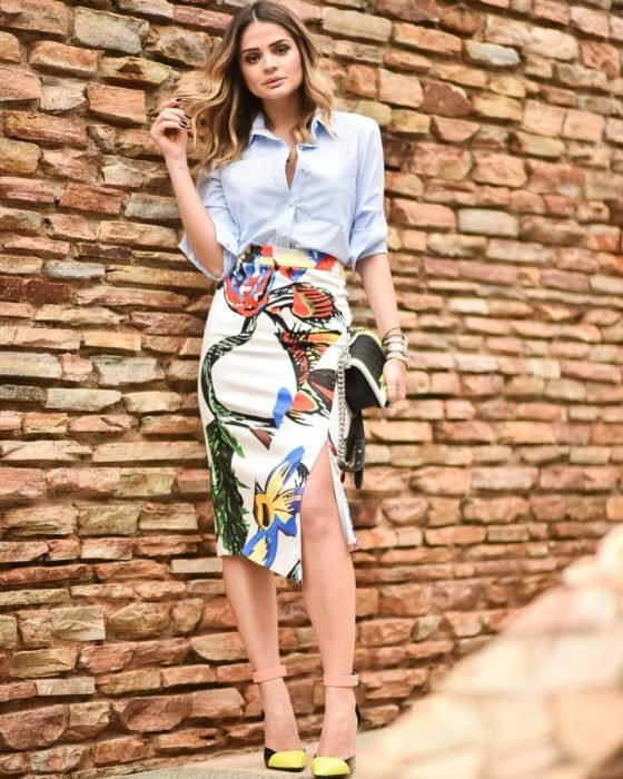 Thánassia Naves mostrando su estilo en Instagram
