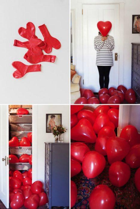 sorpresa con globos de corazón