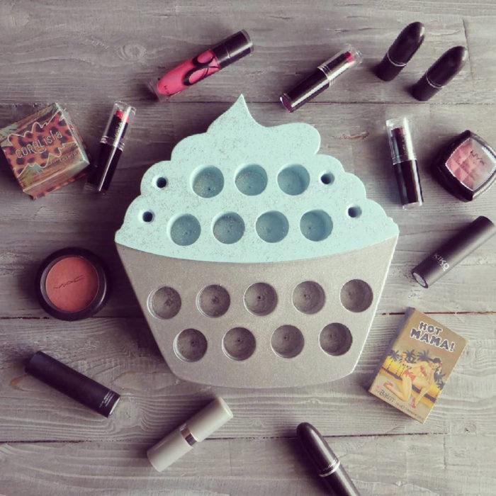 organizador de labiales en forma de cupcake