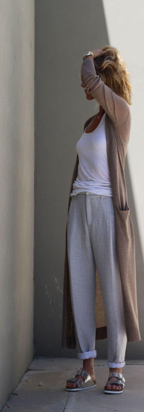 mujer con pantalones comodos