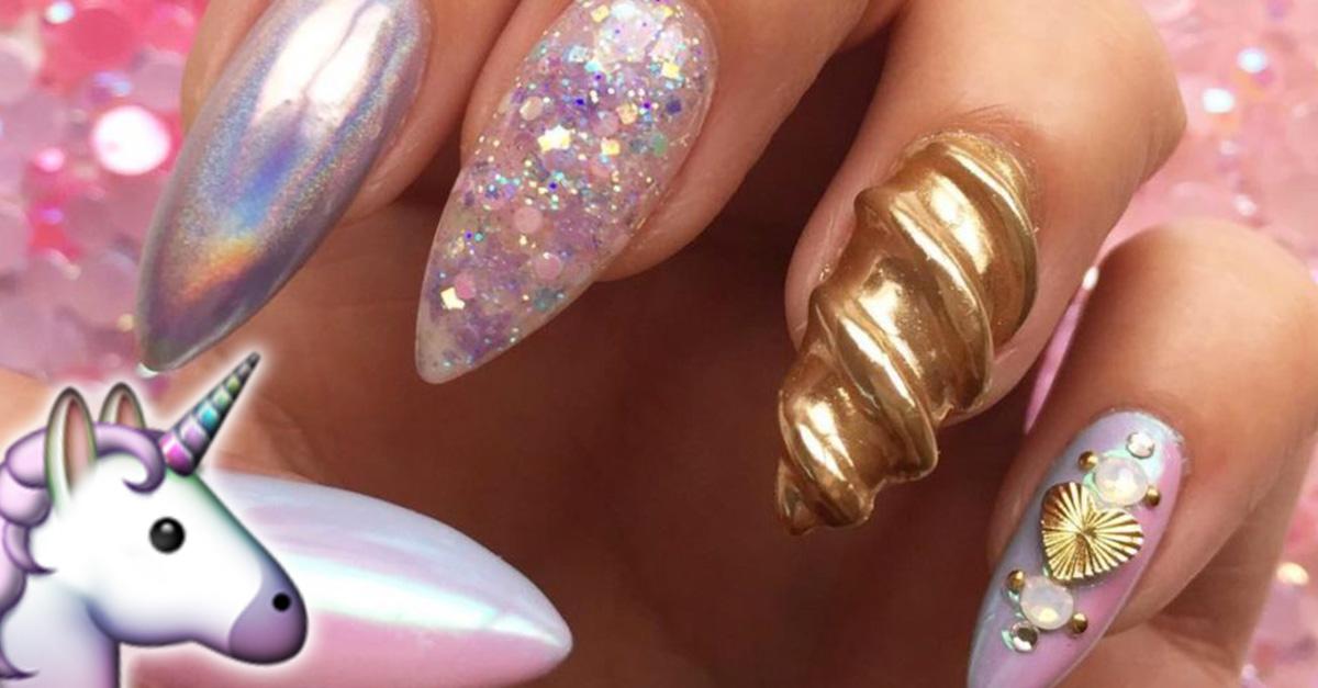 Los cuernos de unicornio llenaran de magia tus uñas