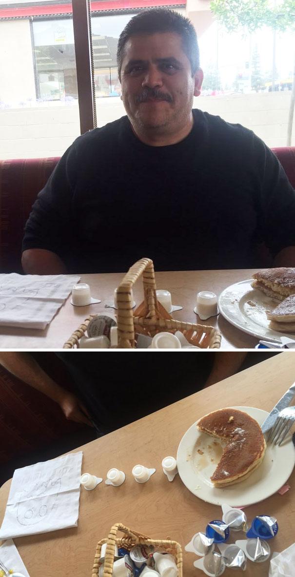papa juega con su comida