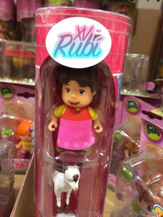 muñeca rubi con chiva