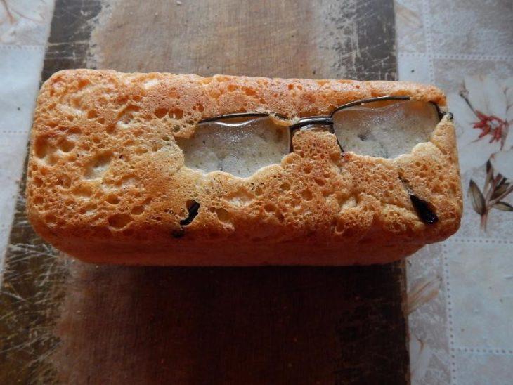 barra de pan con lentes