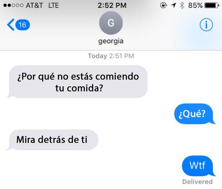 captura de pantalla de una conversación entre amigas