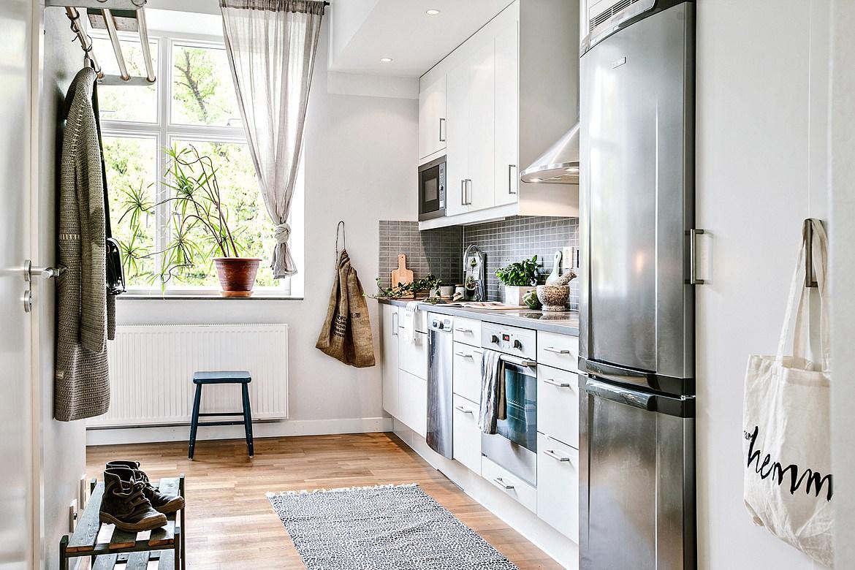 30 formas de usar plantas para decorar espacios de tu casa - Decorar porche pequeno ...