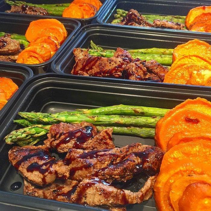 carne y esparragos