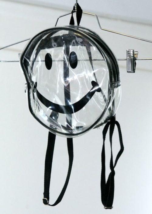 mochila transparente