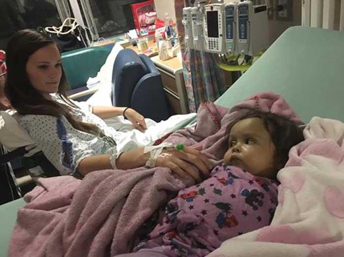Kiersten y Talia en el hospital