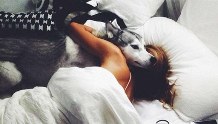 chica despertando