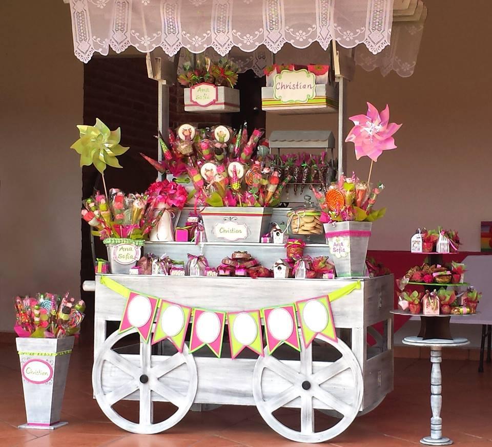 15 ideas para hacer que tu boda sea inigualable y memorable for Mesa de dulces para 15