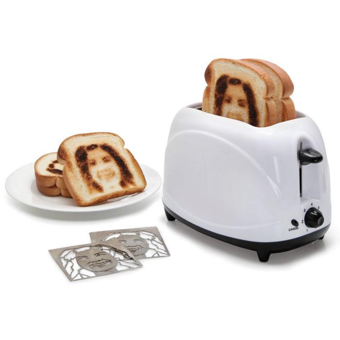 Tostadora que hace el pan con selfies