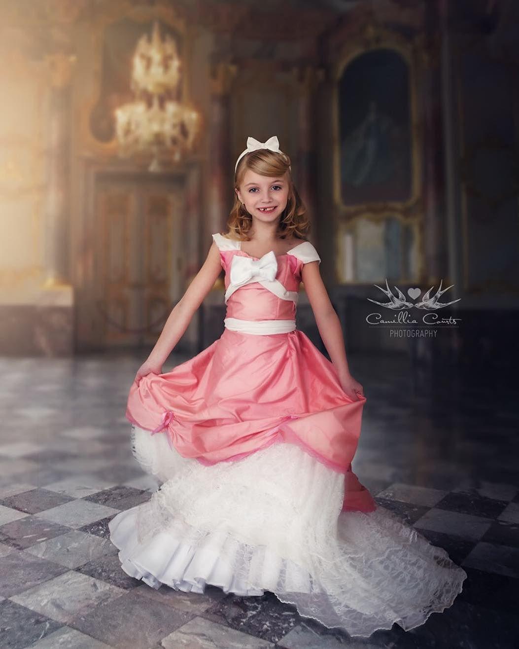 cenicienta rosa layla courts