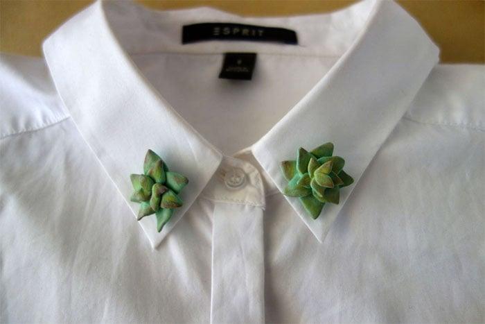 cuello de camiseta con botones de suculenta