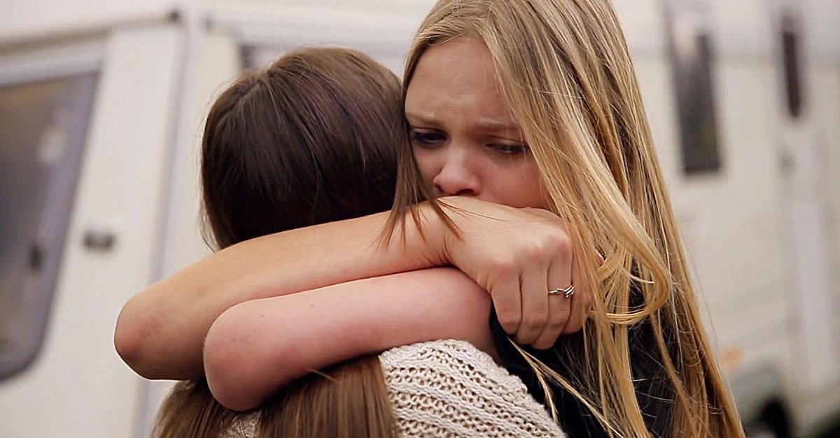 El doloroso momento de decir adios a una amiga