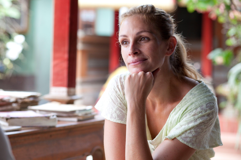 eat pray love julia meditando