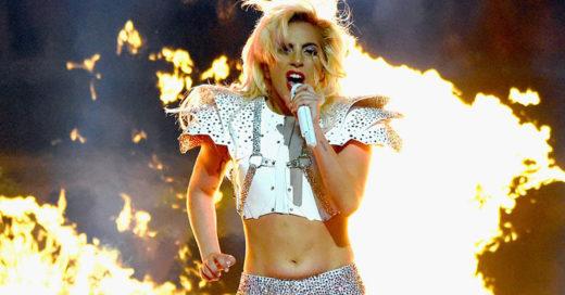Lady Gaga anota touchdown al responder las críticas sobre su cuerpo