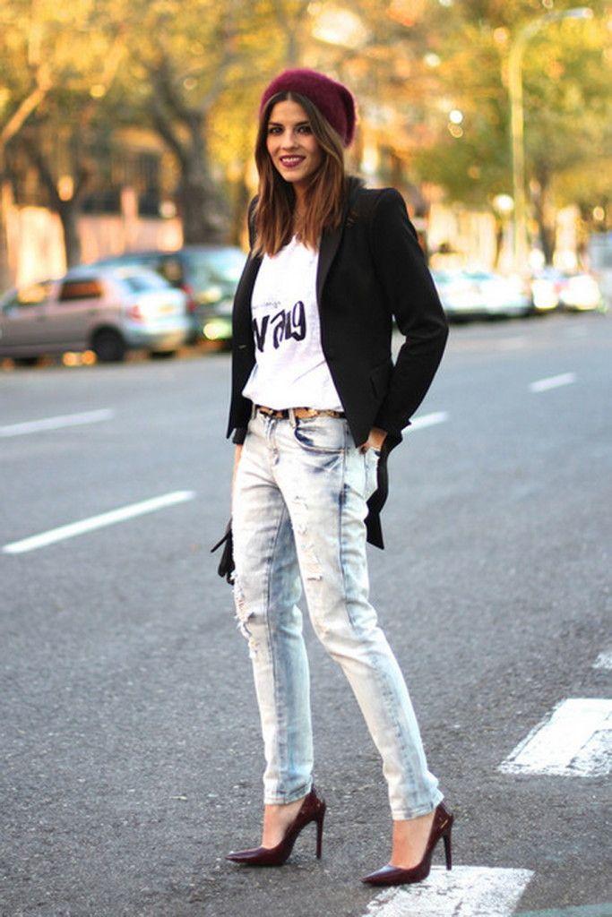 moda fin de semana 2017 playera blanca suéter negro tacones