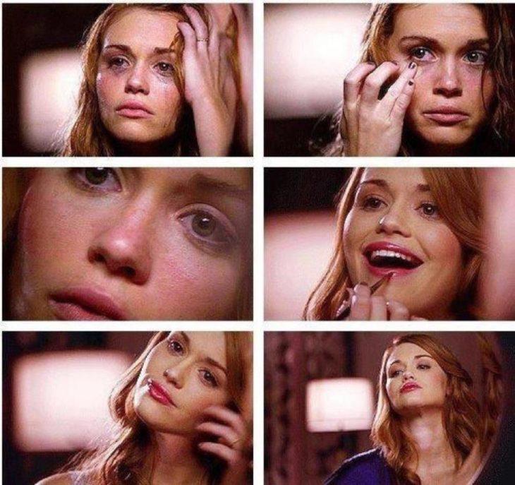Chica llorando y maquillándose
