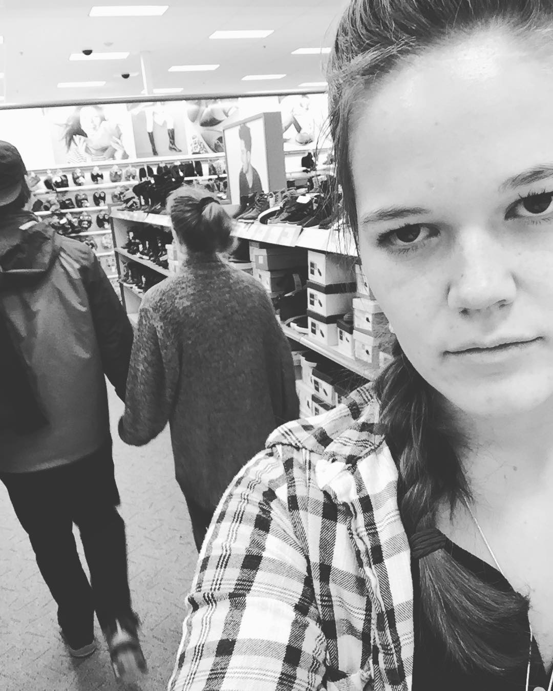 third wheel en el super mercado