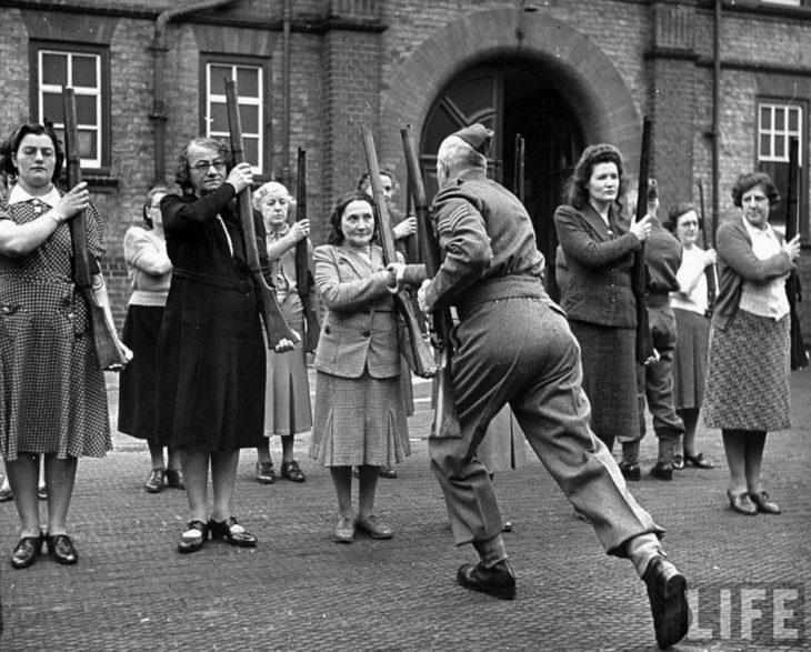 mujeres entrenando