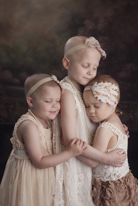 Niñas que sufrieron de cáncer y sobrevivieron