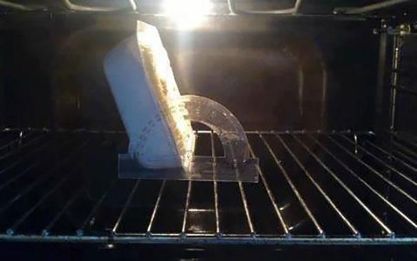 Plato en el horno con una inclinación