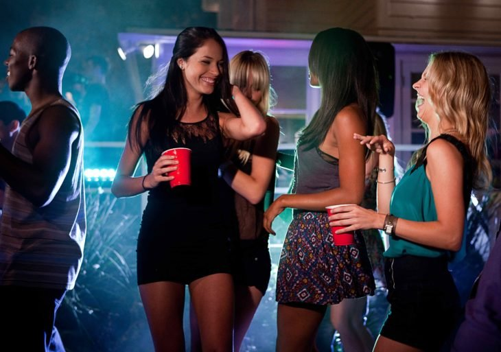 chicas en fiesta