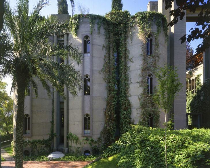 Fabrica de cemento que ahora es una casa