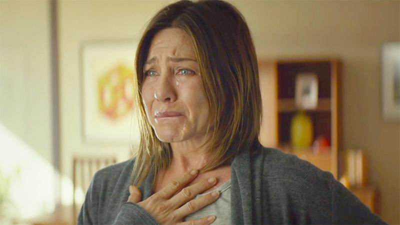 jennifer aniston llorando