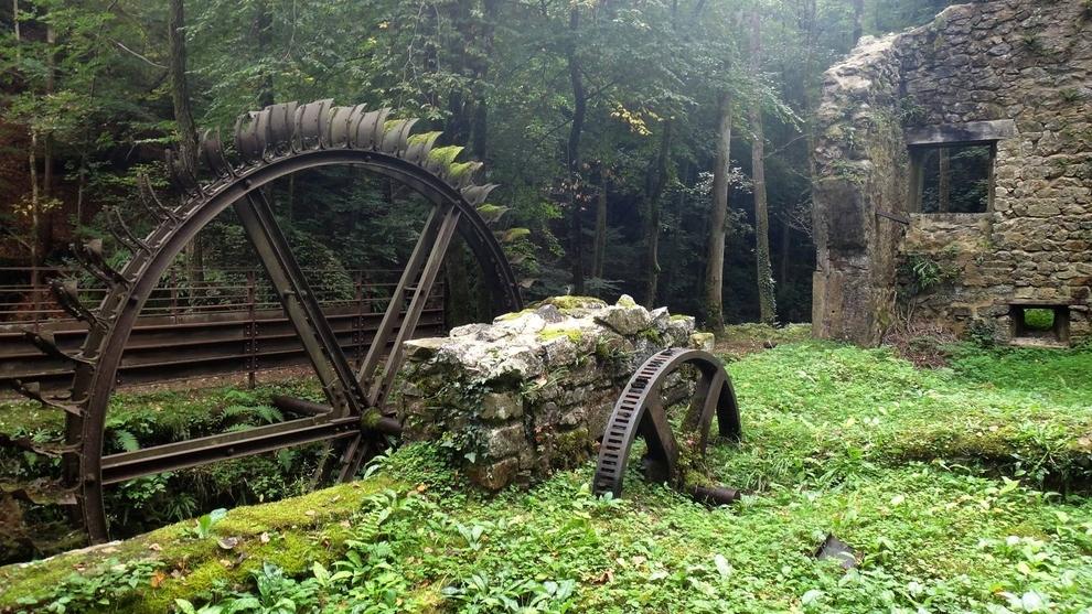 molino abandonado, Francia