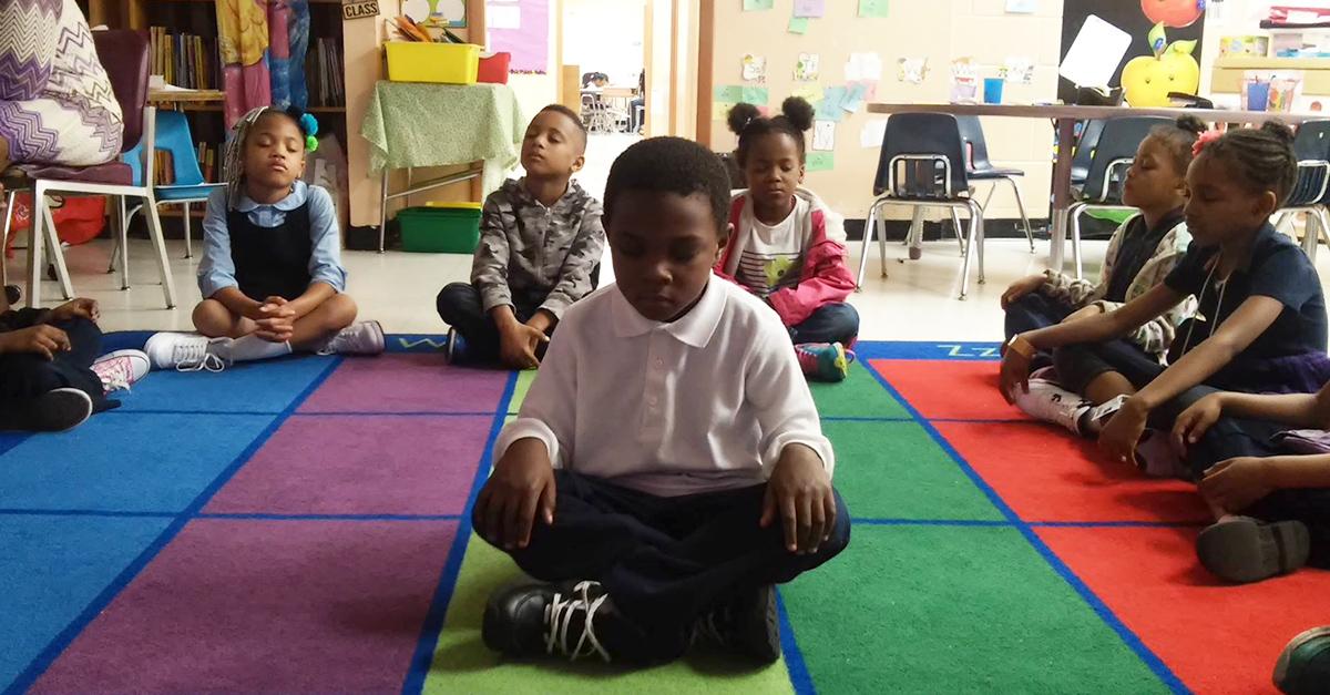 Conoce 'Mindful Moment' el programa de meditación para escuelas primarias