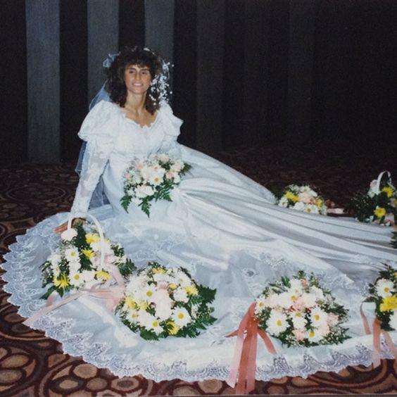 """15 fotografías de vestidos de novia que eran """"hermosos"""""""