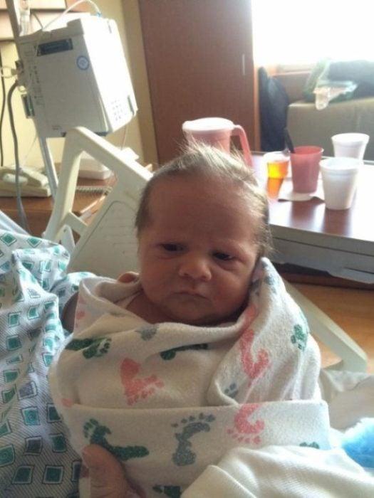 bebé cobijado